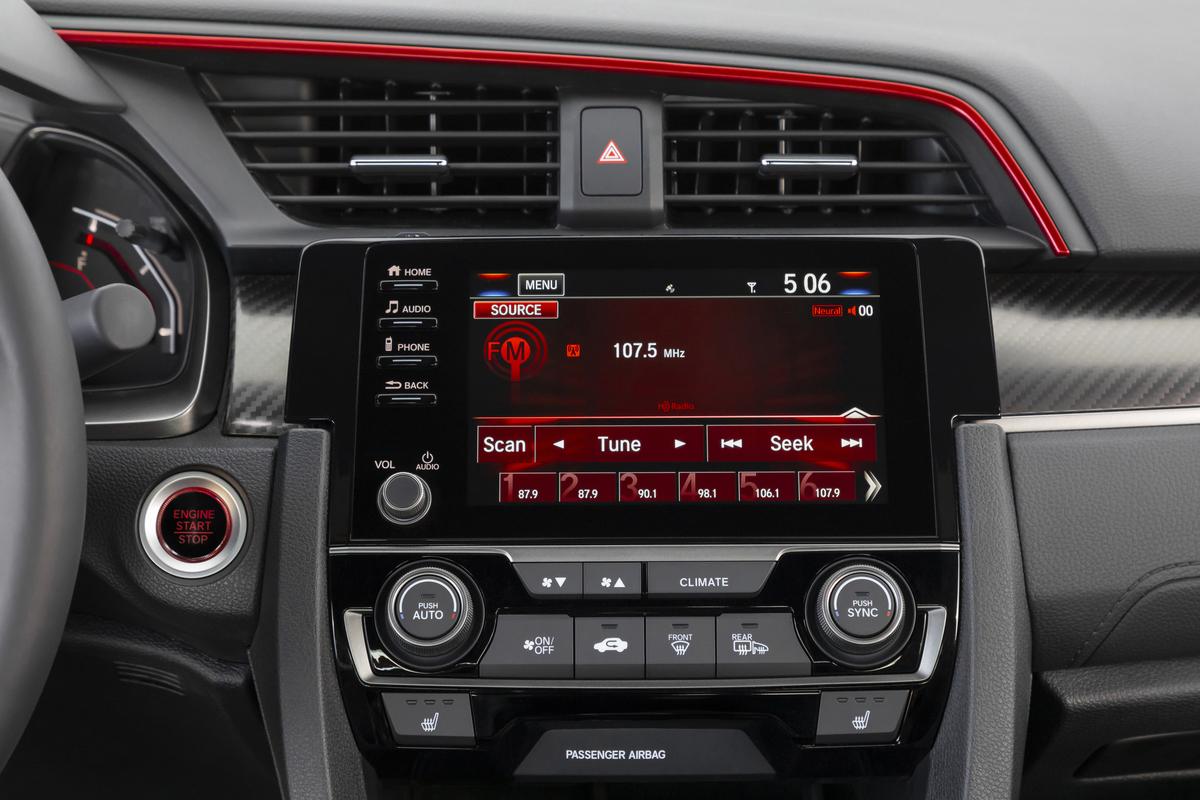 2020_Honda_Civic_Si_Sedan_074.jpg