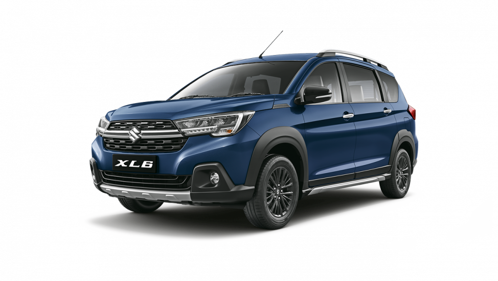 maruti-xls-studio-front-three-quarters-left-9b28.png