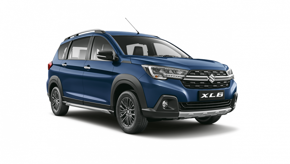 maruti-xls-studio-front-three-quarters-right-1411.png