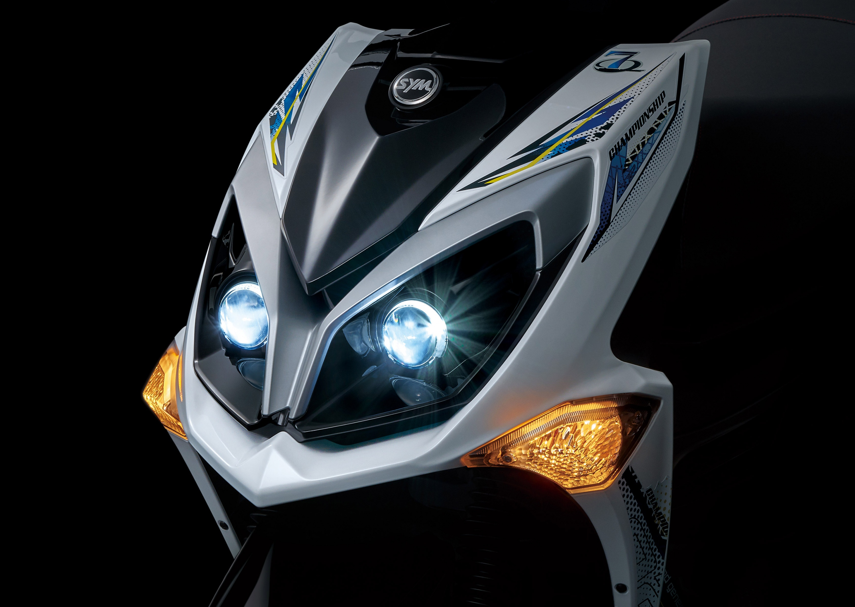 LED雙魚眼大燈.jpg