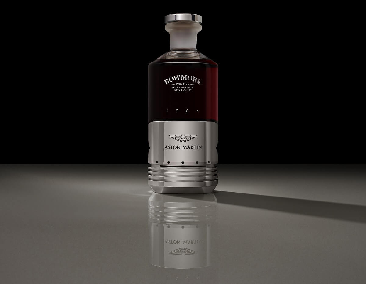 A_1_Black_Bowmore_DB5_Bottle_Front.jpg