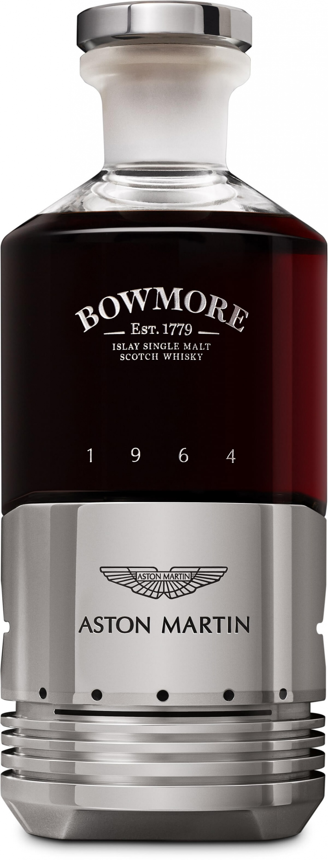 C_1.2_Black_Bowmore_DB5_Bottle_Front_Cut_Out.jpg