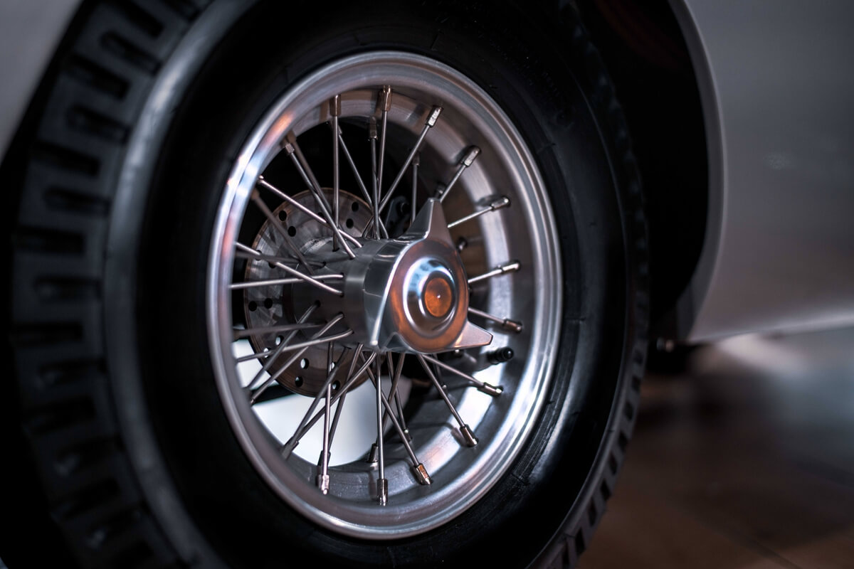 DB5Junior_Details_Wheel.jpg