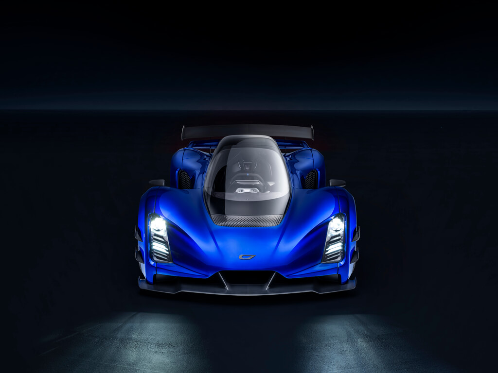 0.1-Czinger-21C-Lightweight-track-configuration-in-Geneva-International-Motor-Show-configuration.jpg