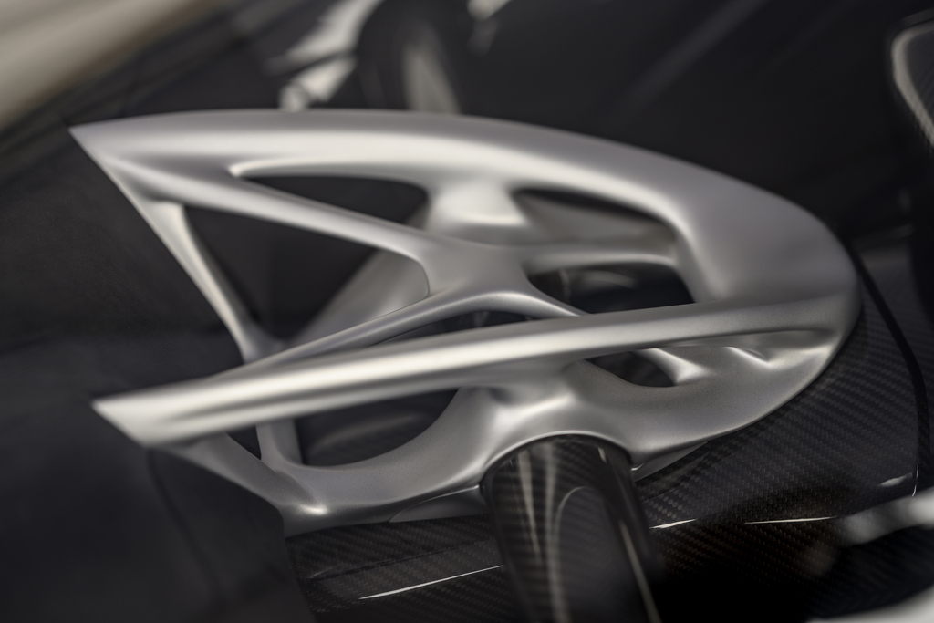 Czinger-teases-21C-s-additive-manufacturing-parts-including-steering-wheel-node-and-carbon-fibre-chassis-structure.jpg