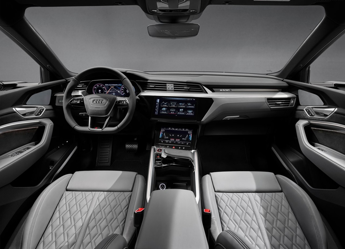 Audi-e-tron_S-5.jpg