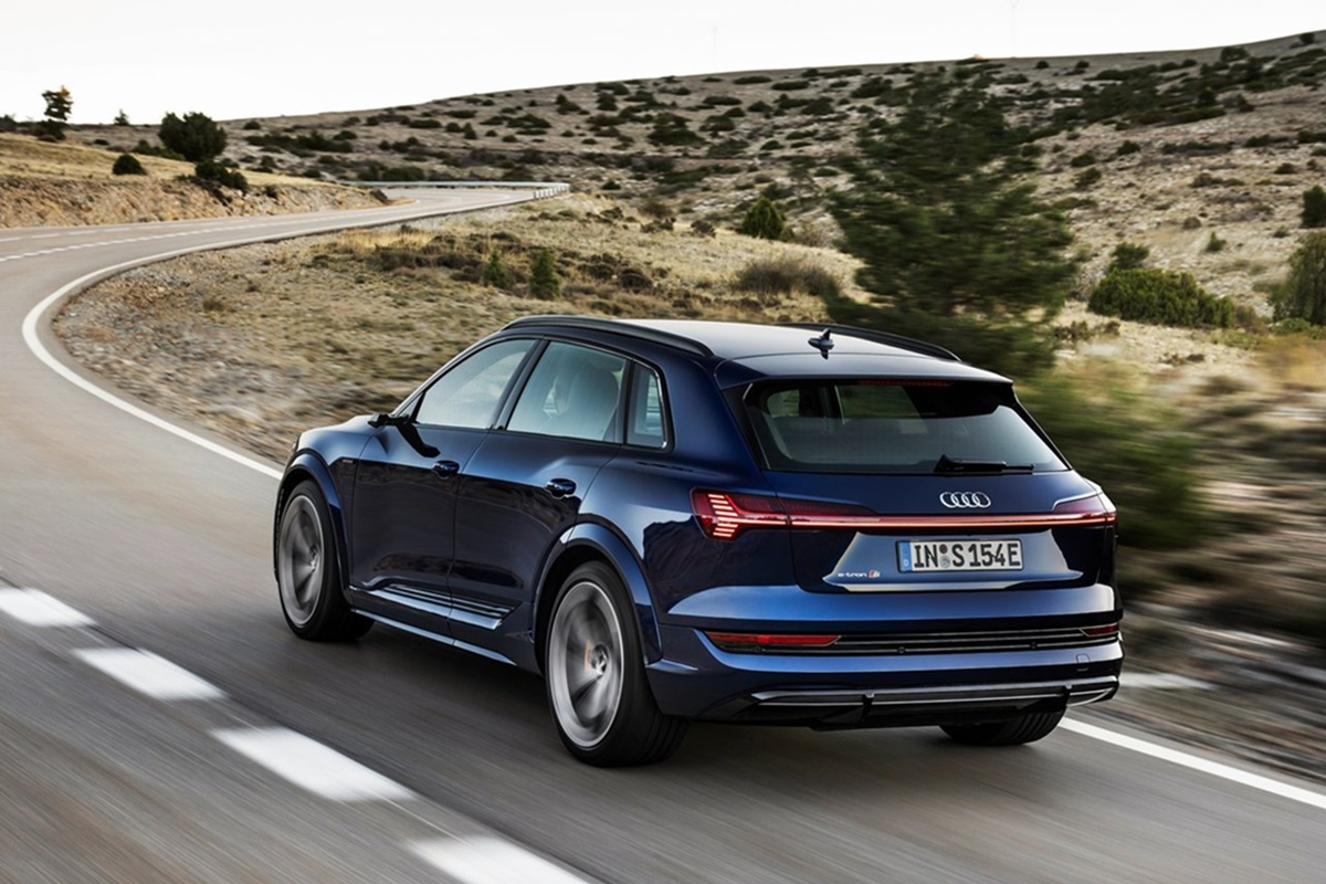 Audi-e-tron_S-7.jpg