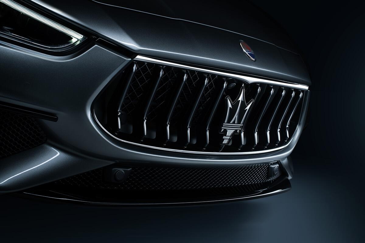 05_Maserati_Ghibli_Hybrid.jpg