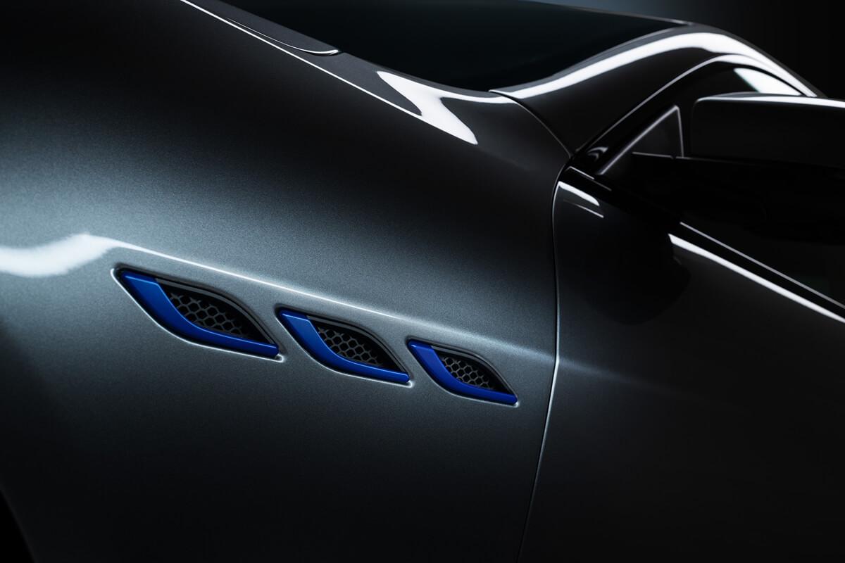 06_Maserati_Ghibli_Hybrid.jpg