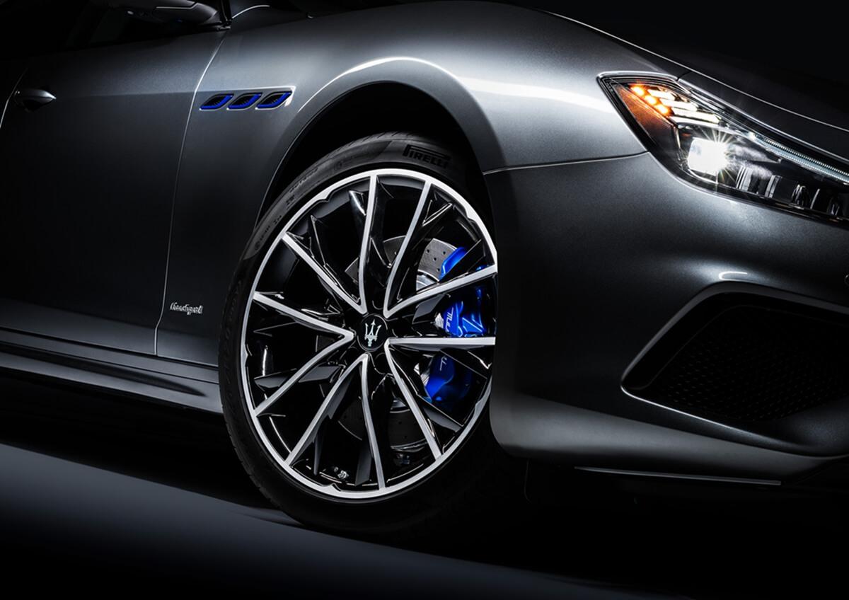 07_Maserati_Ghibli_Hybrid.jpg