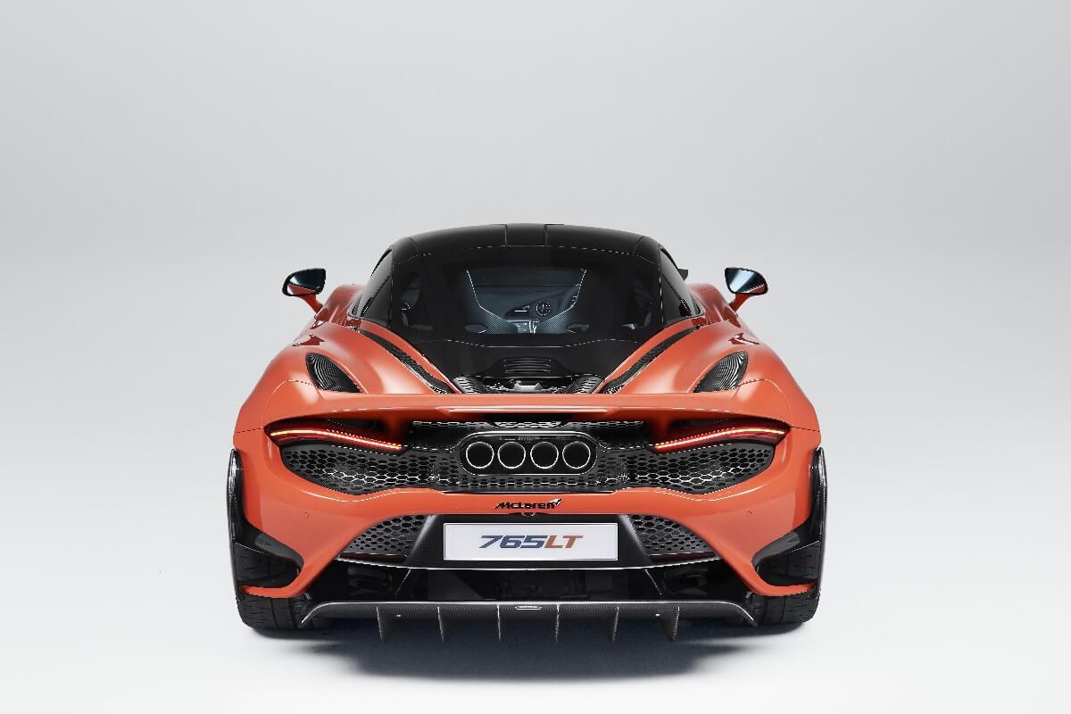 McLaren-765LT_Studio_03.jpg