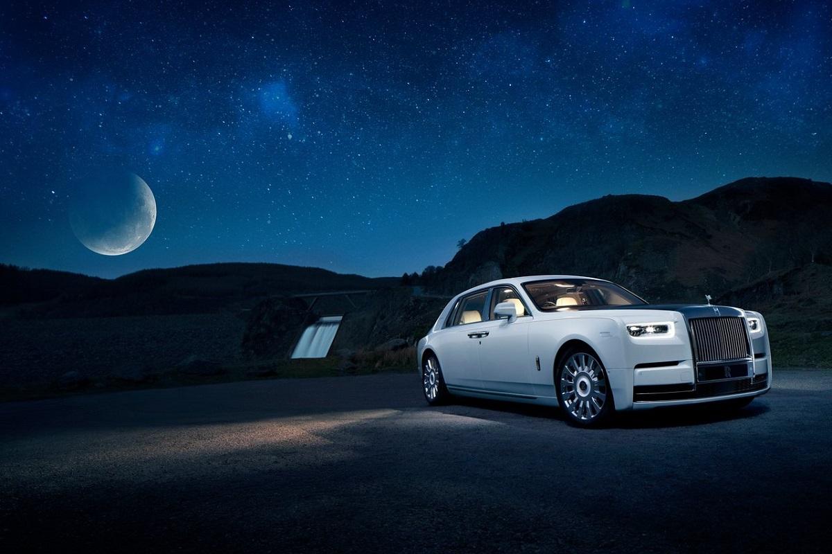 Rolls-Royce-Phantom_Tranquillity-2019-1.jpg