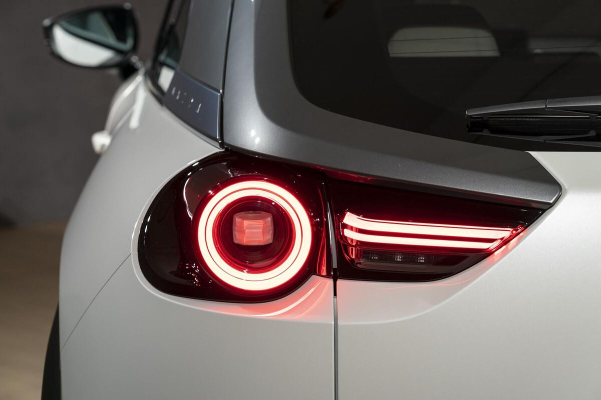 Mazda-MX-30-Design-Model-Static_Details-1.jpg