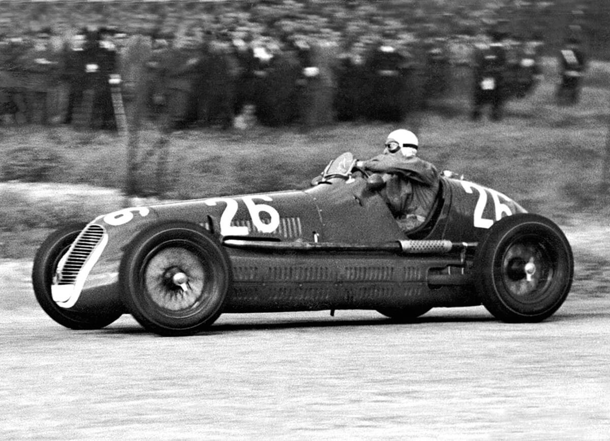 02_ Palermo-23.5.1940-Targa-Florio-Maserati-4CL-Gigi-Villoresi.jpg