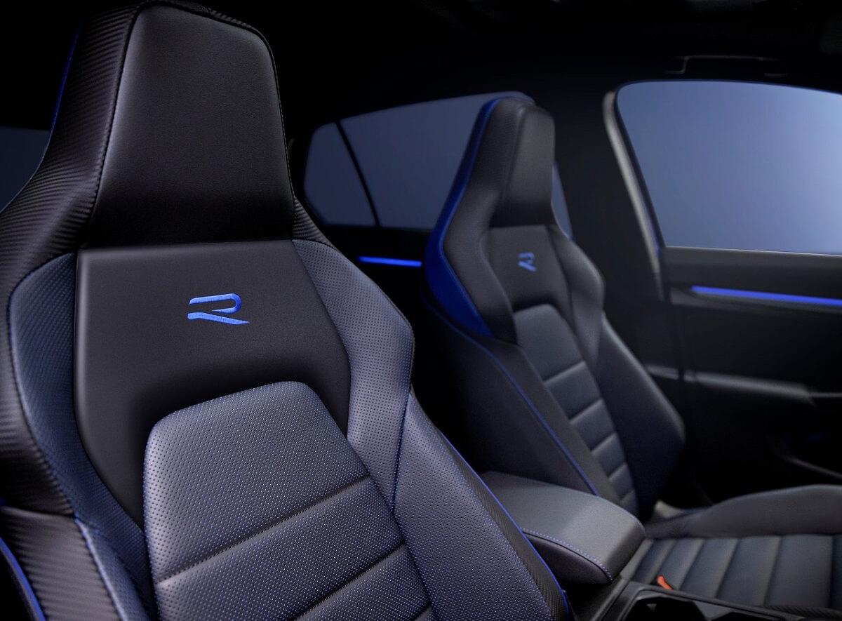 Volkswagen-Golf_R-2022-10.jpg