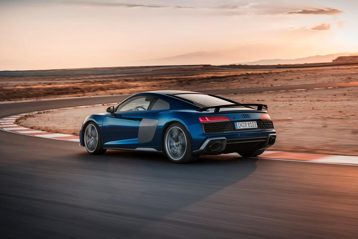 Audi R8 Coupé V10 performance_1.jpg