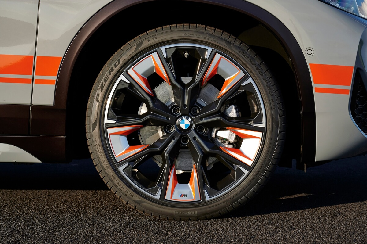 P90400932_highRes_the-new-bmw-x2-m-mes.jpg