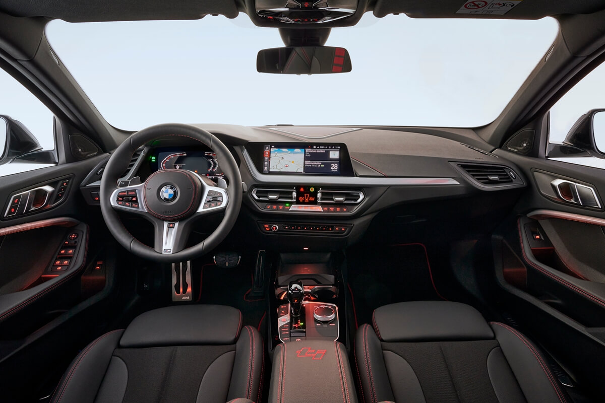 P90402209_highRes_the-all-new-bmw-128t.jpg