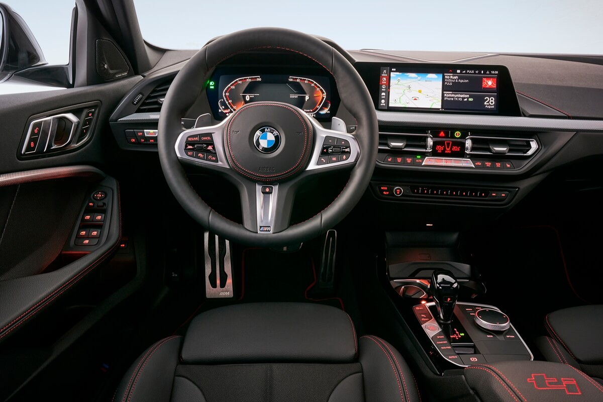 P90402210_highRes_the-all-new-bmw-128t.jpg