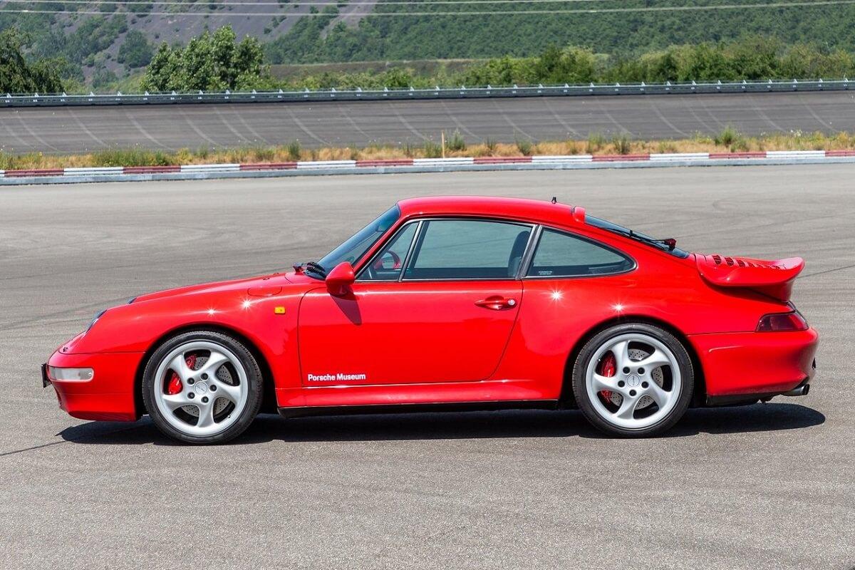Porsche-911_Turbo-1995-1.jpg