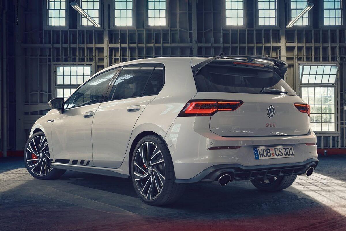 Volkswagen-Golf_GTI_Clubsport-2021-2.jpg