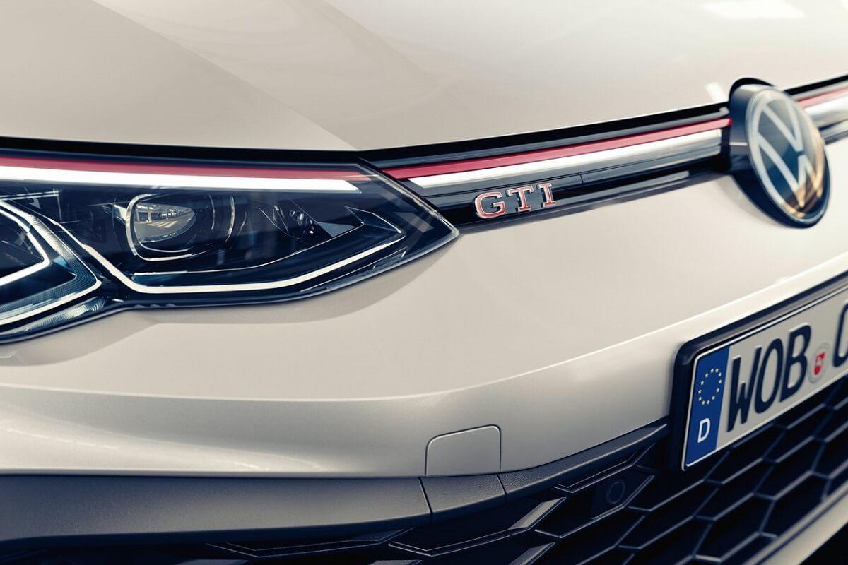 Volkswagen-Golf_GTI_Clubsport-2021-7.jpg