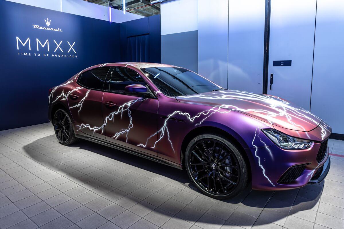 02_Maserati_Ghibli_Hybrid_Showcar.jpg