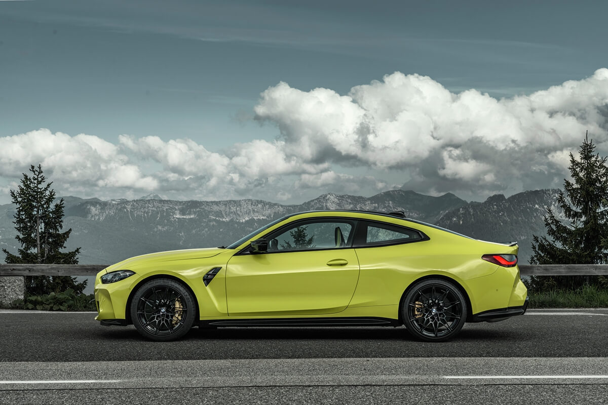 P90399212_highRes_the-new-bmw-m4-compe.jpg
