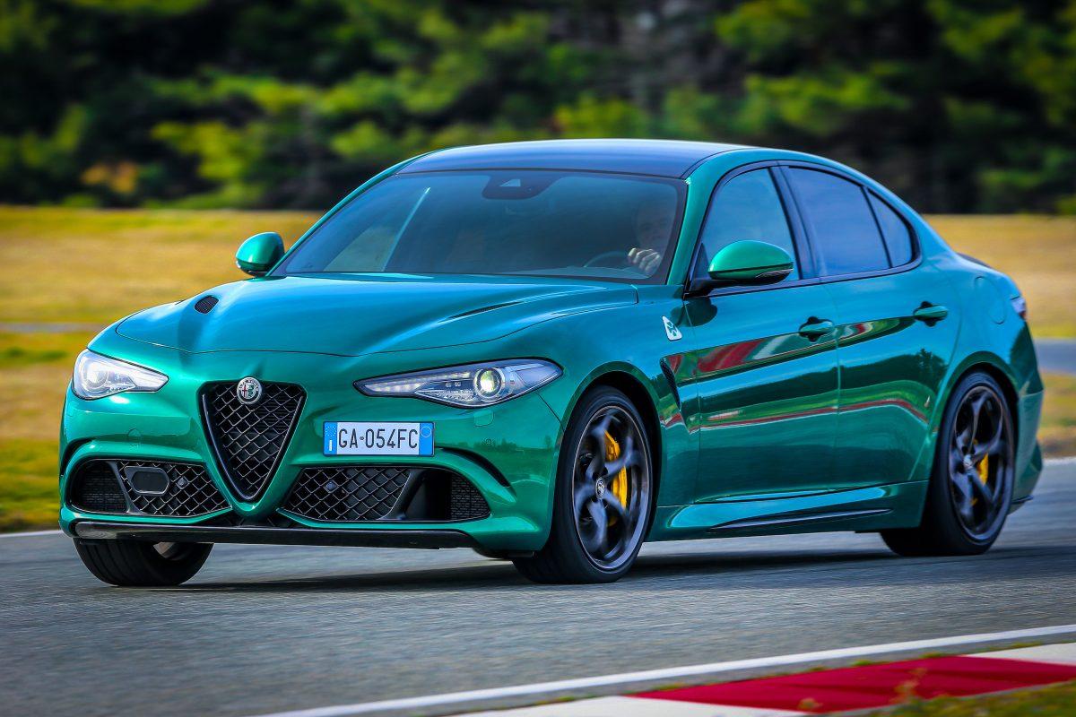 2020-Alfa-Romeo-Giulia-and-Stelvio-Quadrifoglio-14-1200x800.jpg