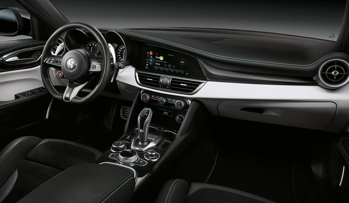 2020-Alfa-Romeo-Giulia-and-Stelvio-Quadrifoglio-3-1200x698.jpg
