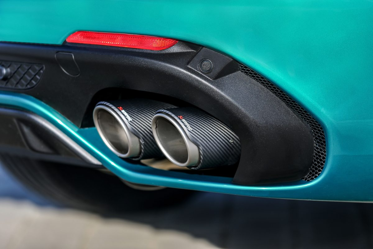 2020-Alfa-Romeo-Giulia-and-Stelvio-Quadrifoglio-31-1200x800.jpg