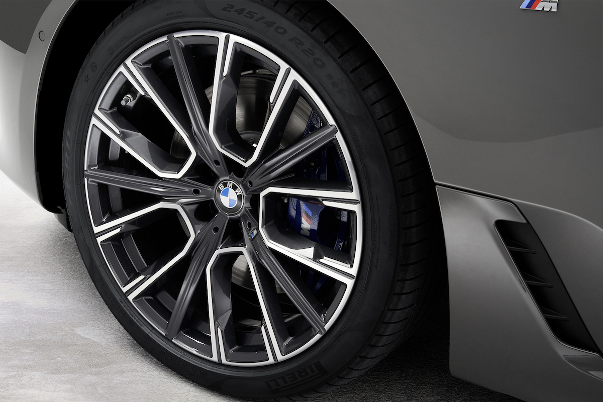 P90389874_highRes_the-new-bmw-640i-xdr.jpg
