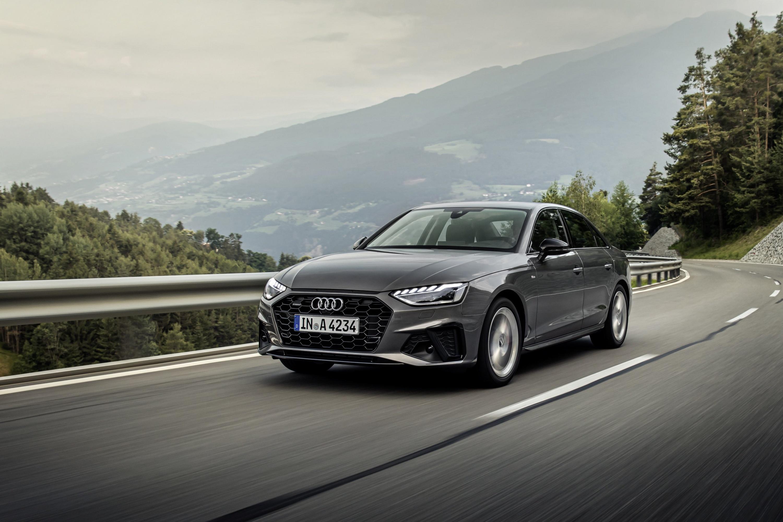 Audi A4 Sedan.jpg