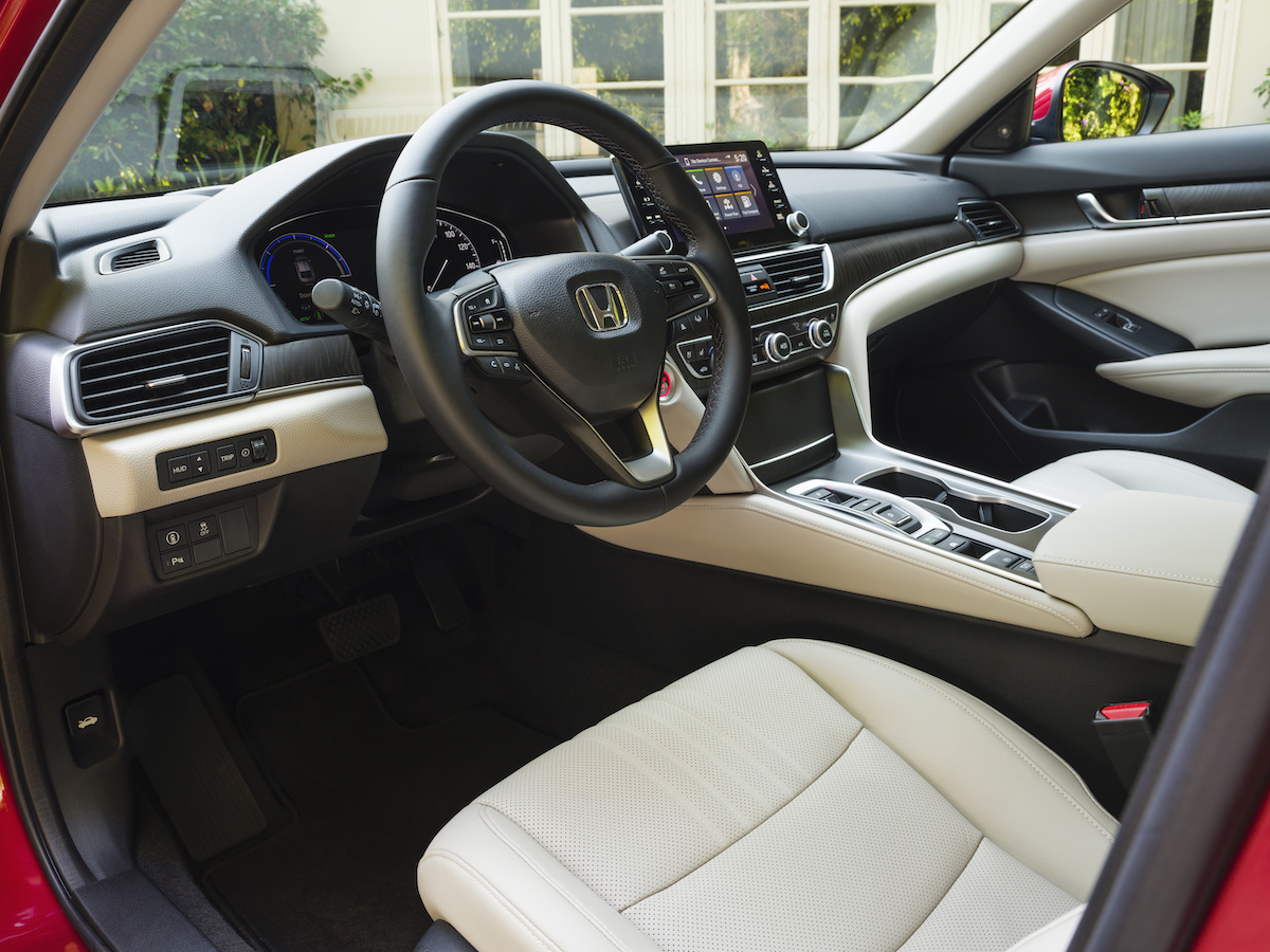 016 2021 Honda Accord Hybrid.jpg