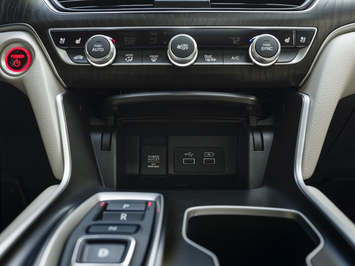 021 2021 Honda Accord Hybrid.jpg