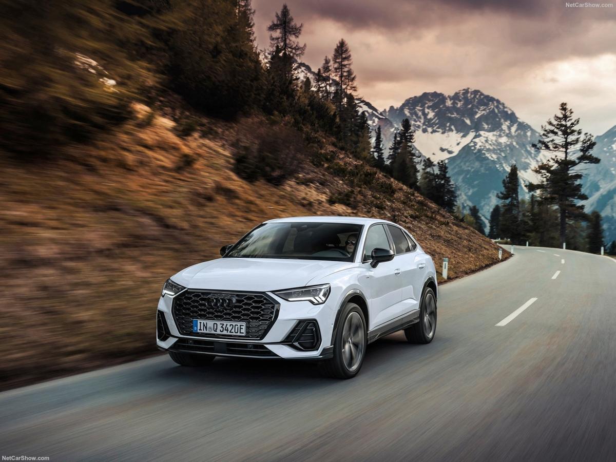 Audi-Q3_Sportback_45_TFSI_e-2021-1600-0b.jpg