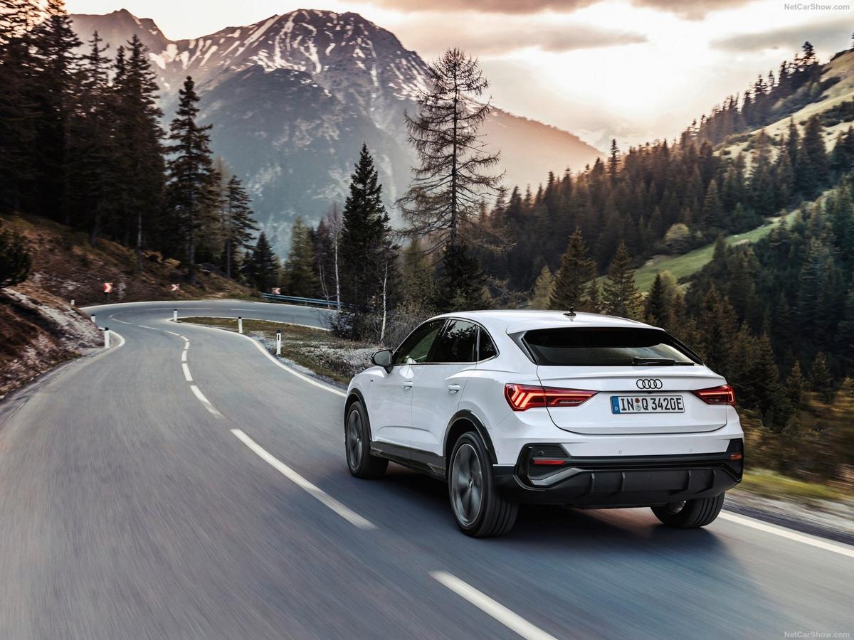 Audi-Q3_Sportback_45_TFSI_e-2021-1600-1d.jpg