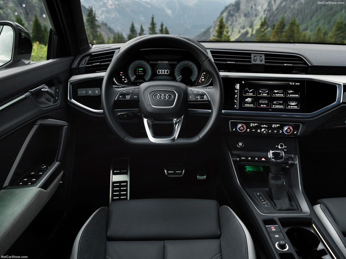 Audi-Q3_Sportback_45_TFSI_e-2021-1600-23.jpg