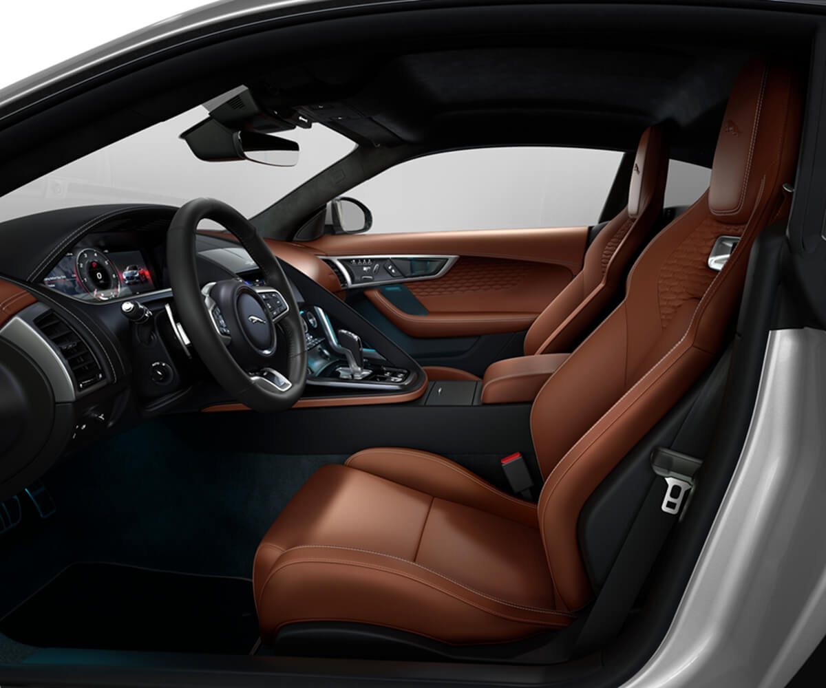Jag_F-TYPE_22MY_P450_R-Dynamic_Coupe_Interior_120421_001.jpg