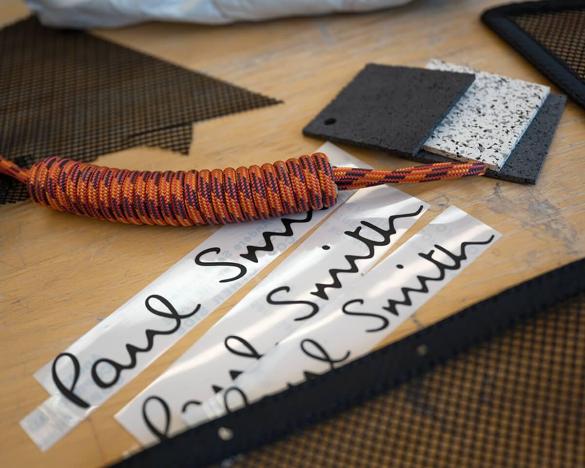 P90432253_highRes_mini-strip-making-of.jpg