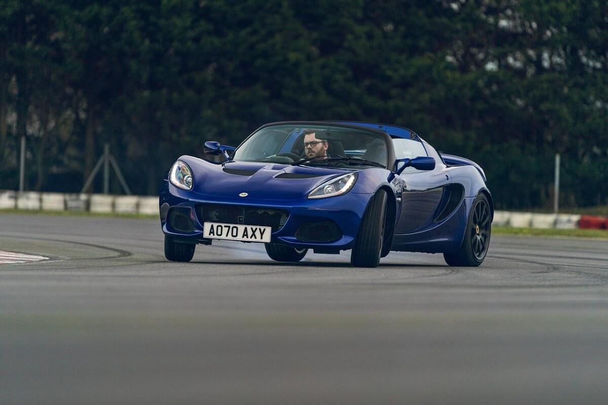 Lotus-Elise_Sport_240_Final_Edition-2021-2.jpg