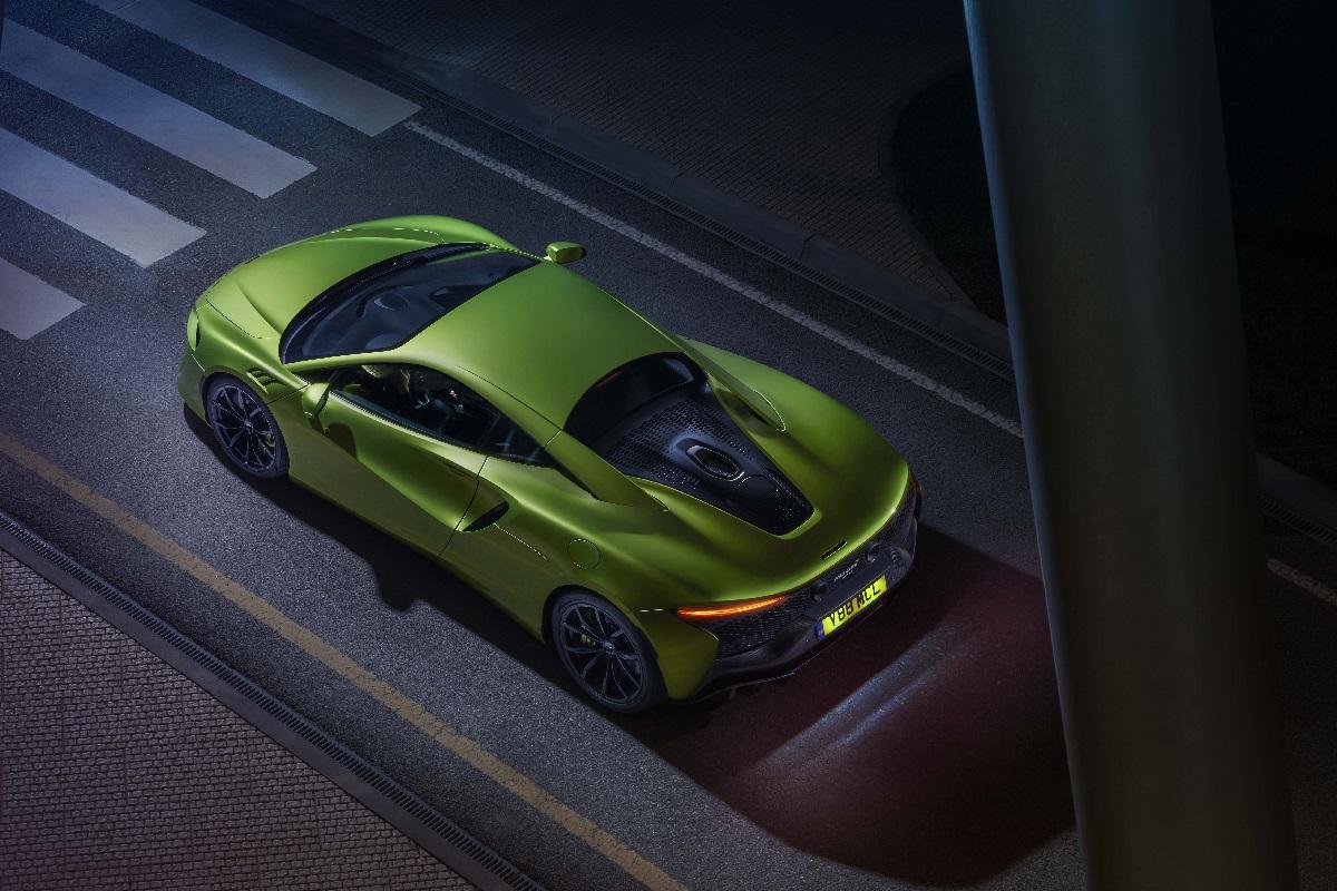 Large-12907-McLarenArtura.jpg