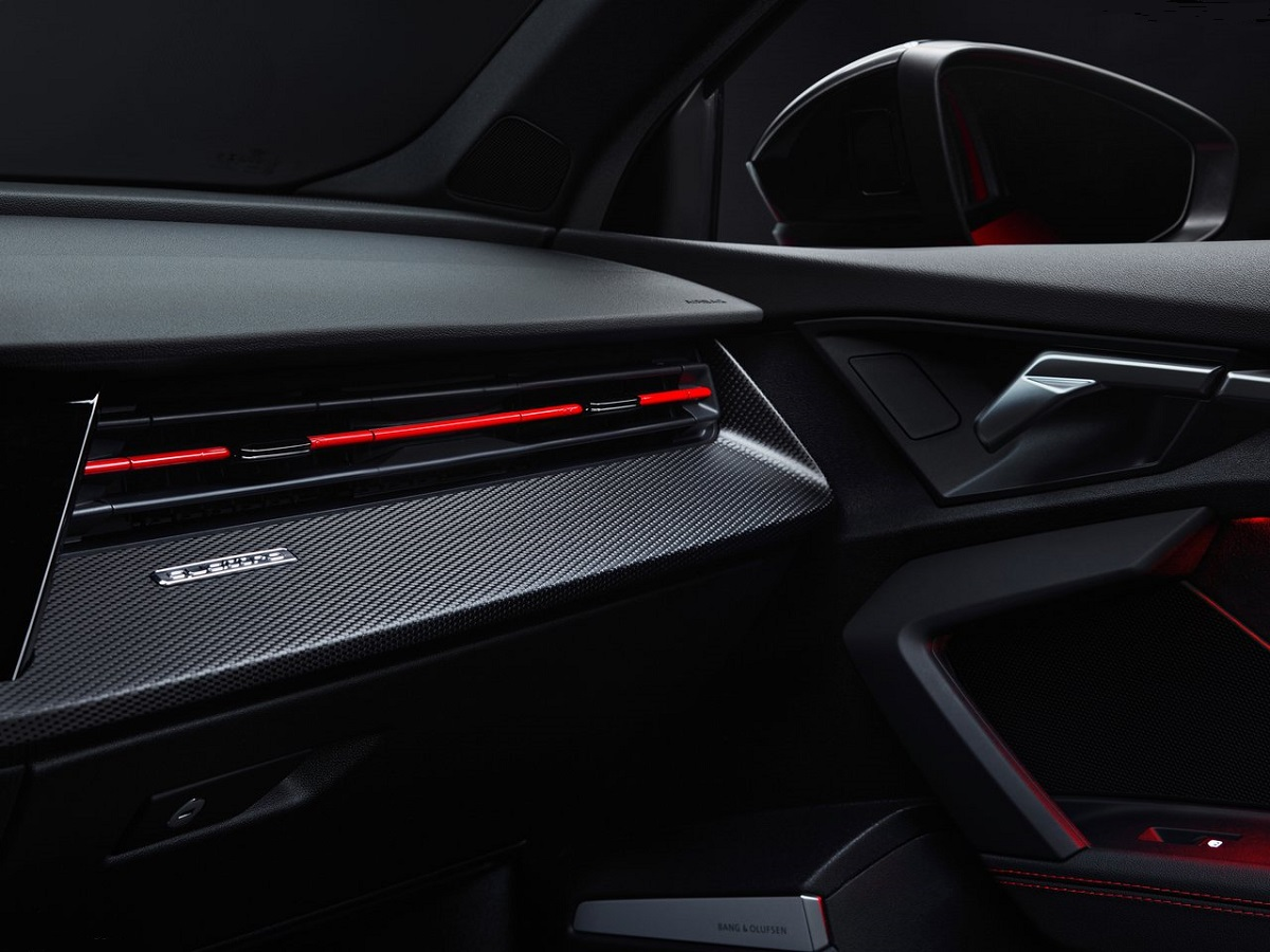 Audi-RS3-2022-14.jpg