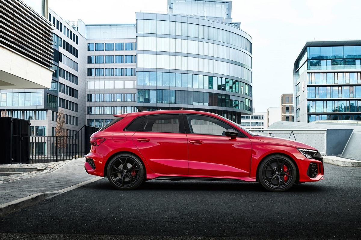 Audi-RS3-2022-5.jpg