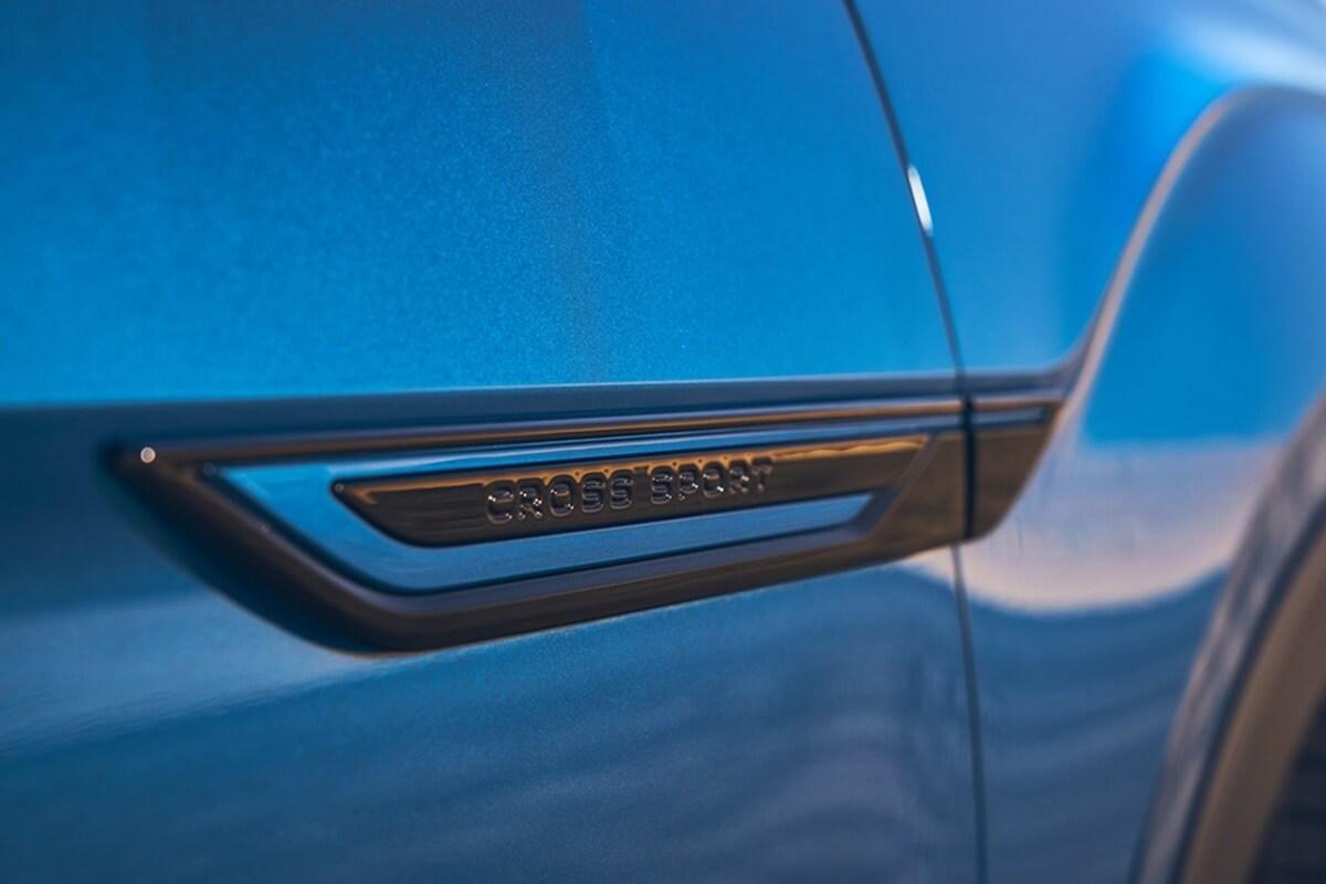 Volkswagen-Atlas_Cross_Sport_GT_Concept-2021-13.jpg