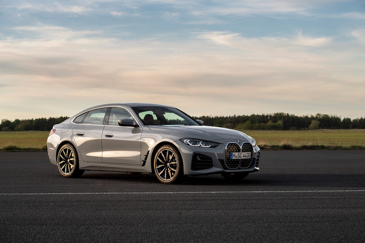 P90424606_highRes_the-all-new-bmw-430i.jpg