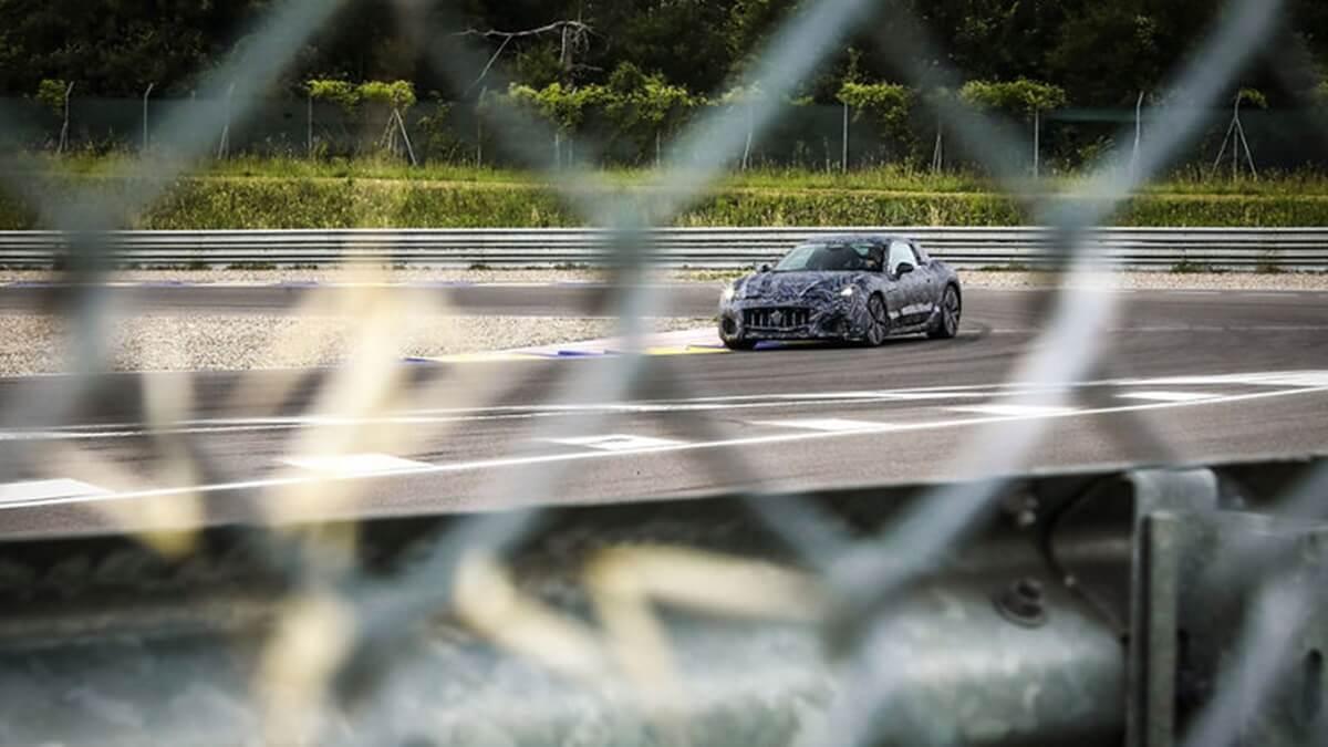 02_Maserati_GranTurismo_Prototype.jpg