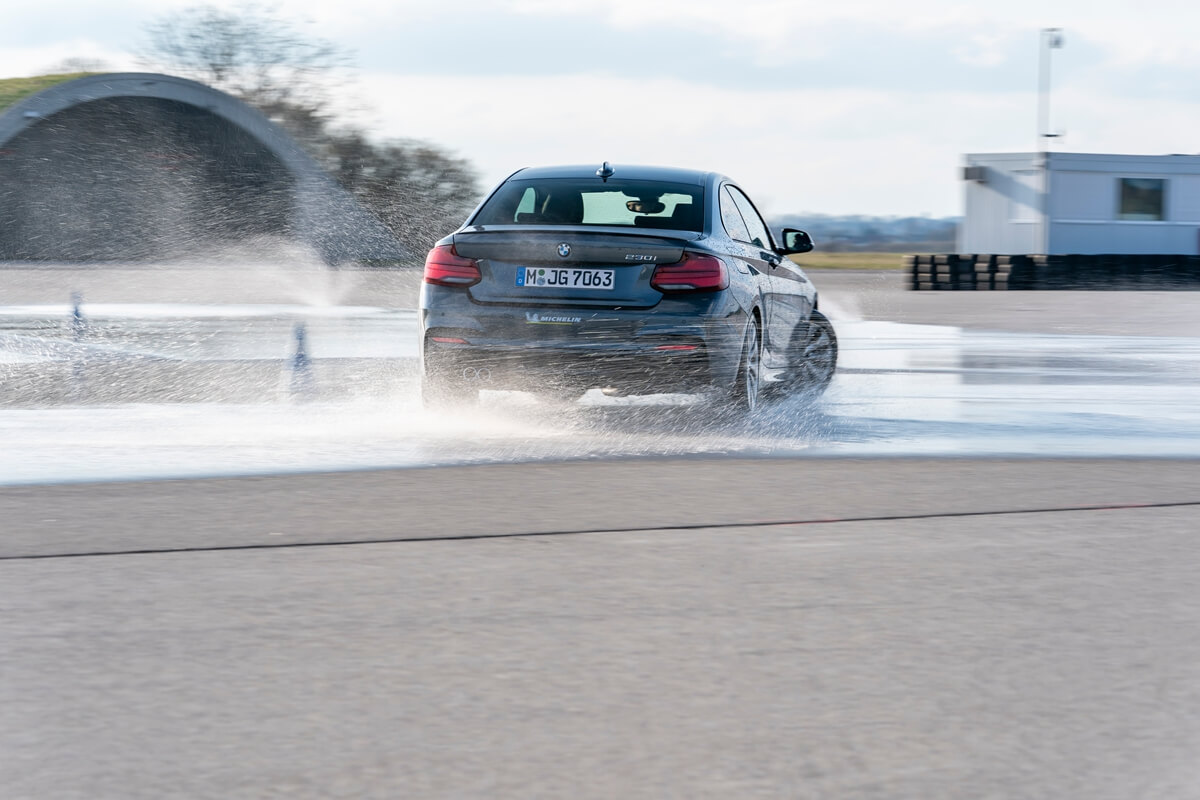 P90420864_highRes_driving-experience-f.jpg
