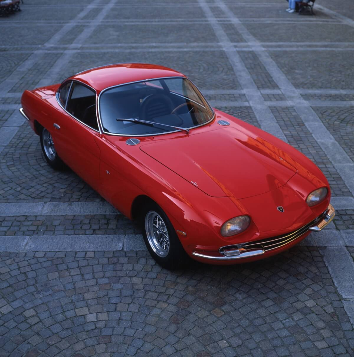 350-GT.jpg