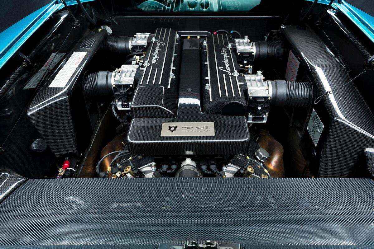 Engine-Murciélago.JPG